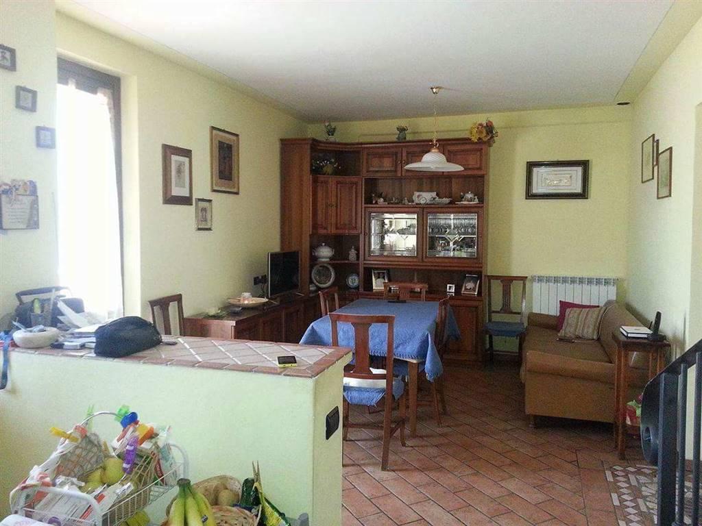 Villa in vendita a Spoleto, 1 locali, zona Località: PERIFERIA, prezzo € 320.000 | CambioCasa.it