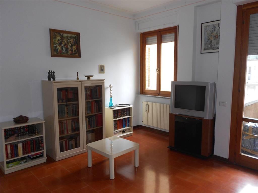 Appartamento in vendita a Spoleto, 4 locali, zona Località: PRIMA PERIFERIA, prezzo € 120.000 | Cambio Casa.it