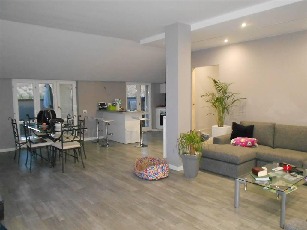 Appartamento in vendita a Spoleto, 3 locali, zona Località: PRIMA PERIFERIA, prezzo € 165.000 | CambioCasa.it