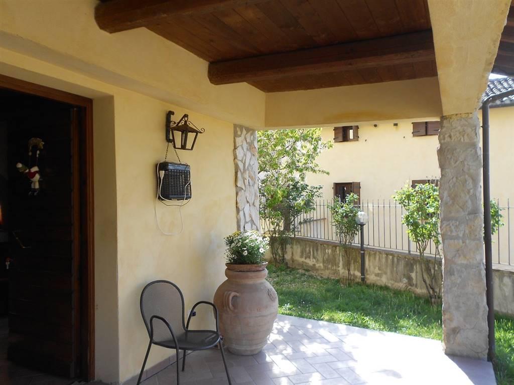 Soluzione Indipendente in vendita a Spoleto, 4 locali, zona Località: PERIFERIA, prezzo € 130.000 | Cambio Casa.it