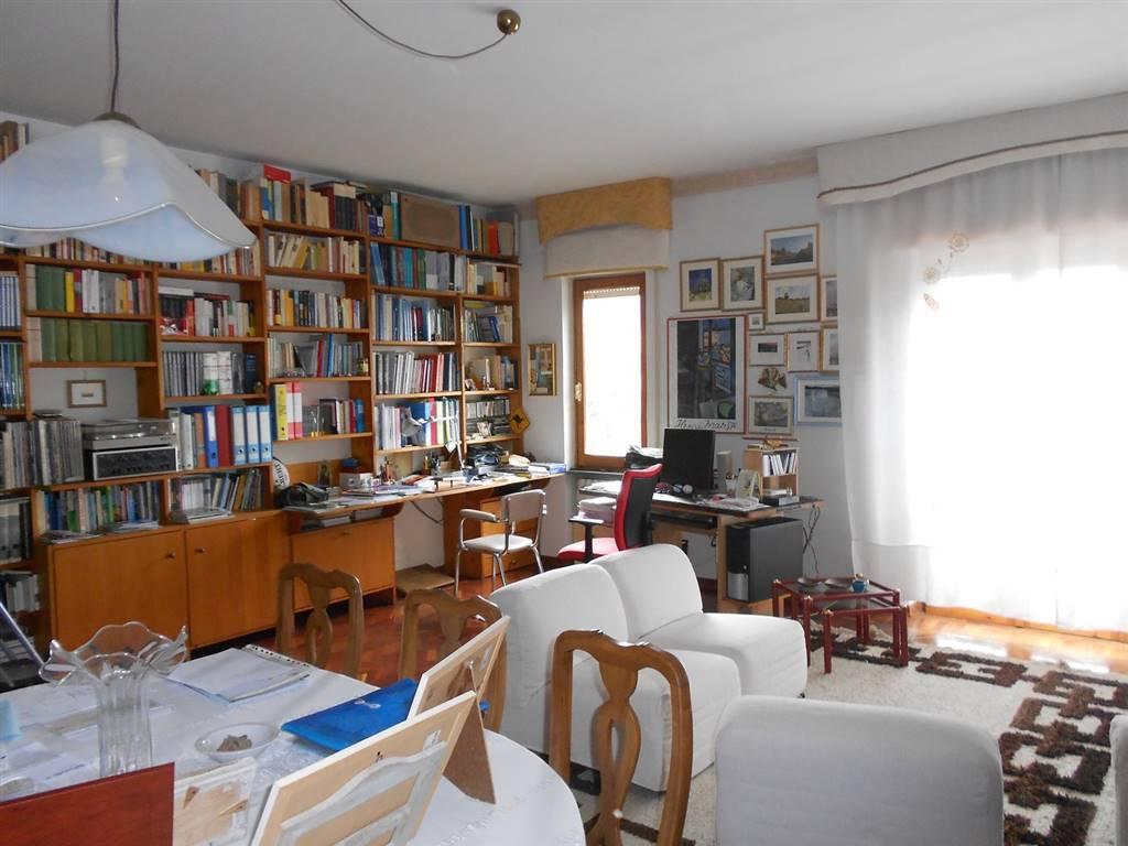 Soluzione Indipendente in vendita a Spoleto, 3 locali, zona Località: PERIFERIA, prezzo € 240.000 | CambioCasa.it