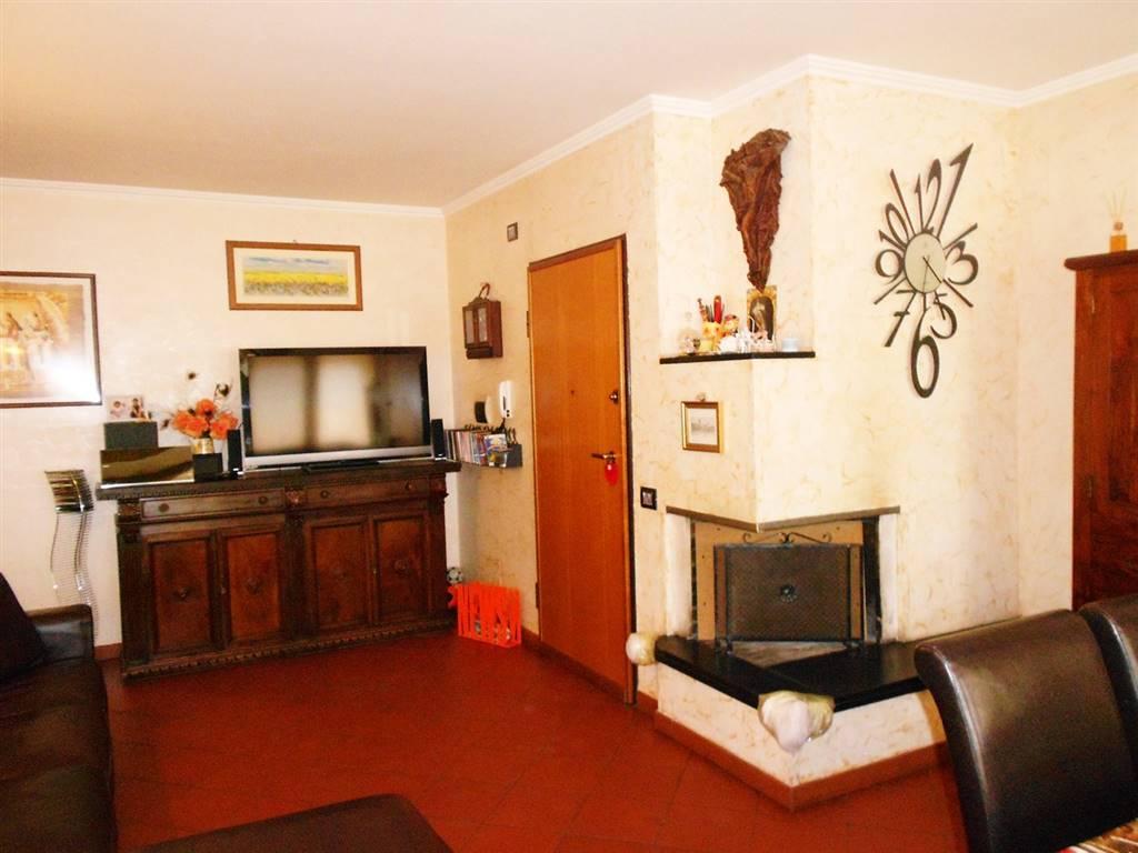 Appartamento in vendita a Spoleto, 4 locali, zona Località: CITTA', prezzo € 165.000   CambioCasa.it