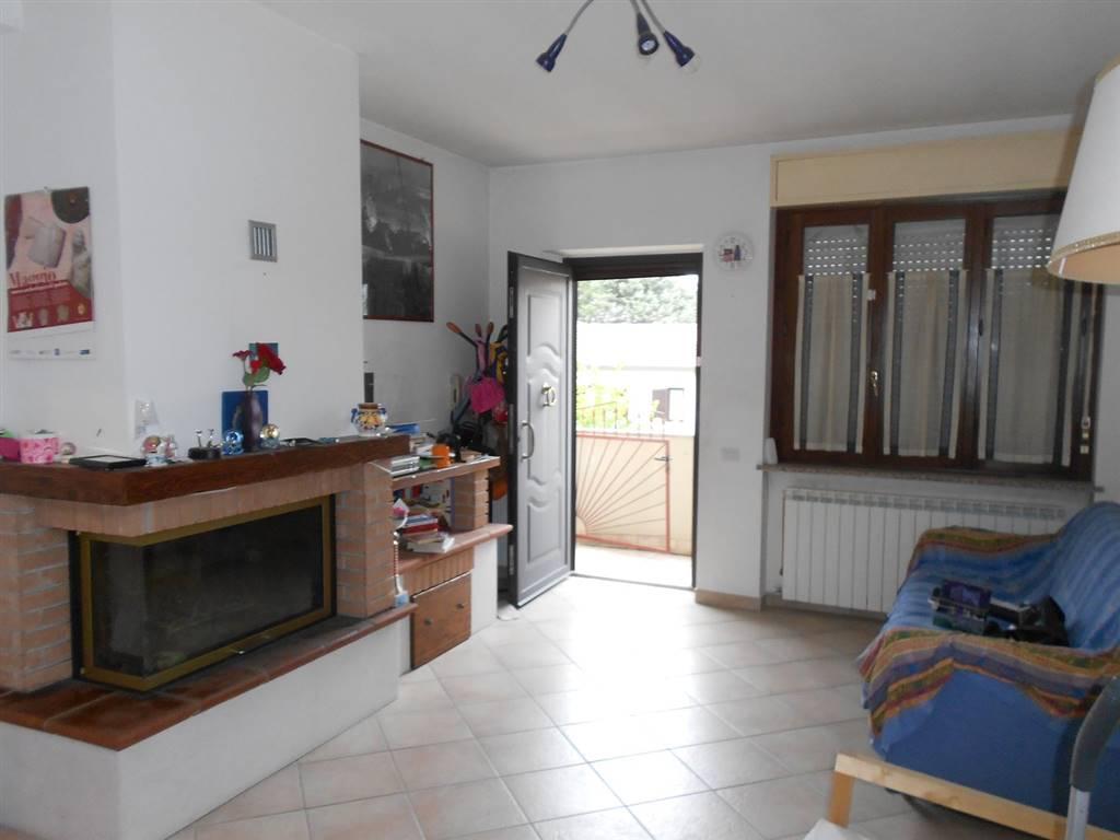 Soluzione Indipendente in vendita a Spoleto, 3 locali, zona Località: PERIFERIA, prezzo € 78.000 | CambioCasa.it