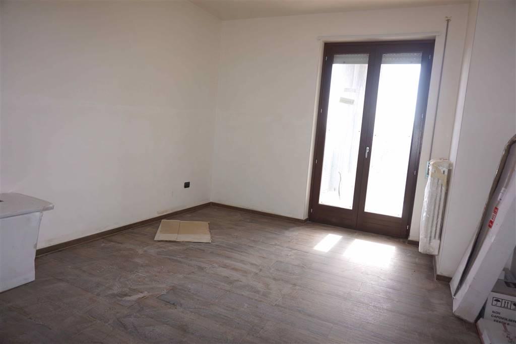 Case santeramo in colle compro casa santeramo in colle in for Come costruire un appartamento garage a buon mercato