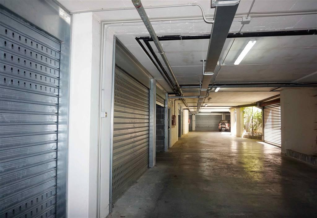 Box / Garage in Vendita a Santeramo in Colle