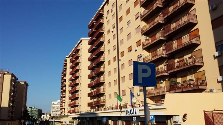 Laboratorio in affitto a Palermo, 9999 locali, zona Zona: Calatafimi, prezzo € 1.600 | Cambio Casa.it