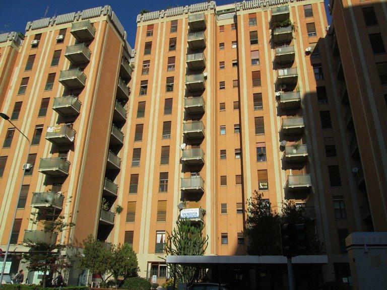 Ufficio / Studio in affitto a Palermo, 2 locali, zona Località: L. DA VINCI ALTA-UDITORE-MOTEL, prezzo € 350   Cambio Casa.it