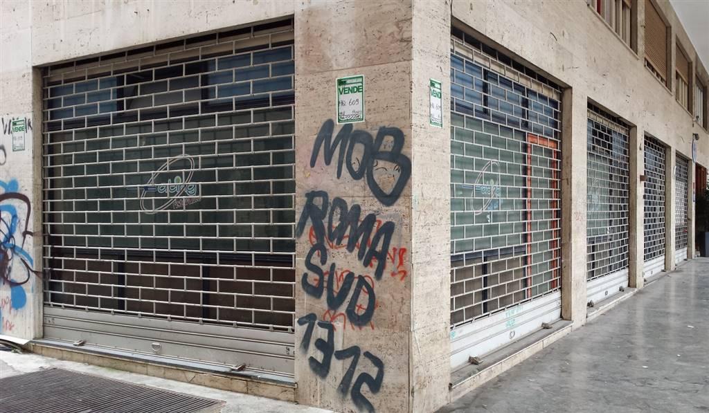 Negozio / Locale in affitto a Palermo, 9999 locali, zona Zona: Politeama, prezzo € 4.500   Cambio Casa.it