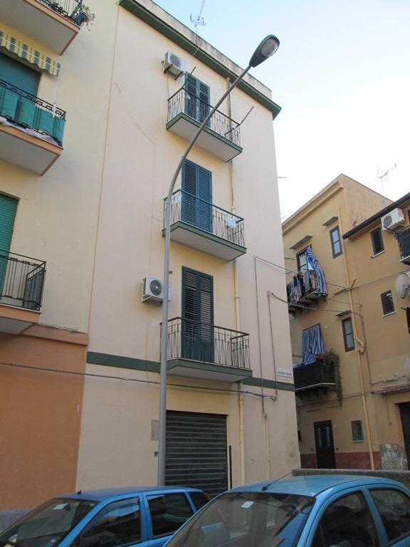 Appartamento in vendita a Palermo, 2 locali, zona Località: OLIVUZZA-VENEZIANO-CAMPOREALE, prezzo € 58.000   Cambio Casa.it