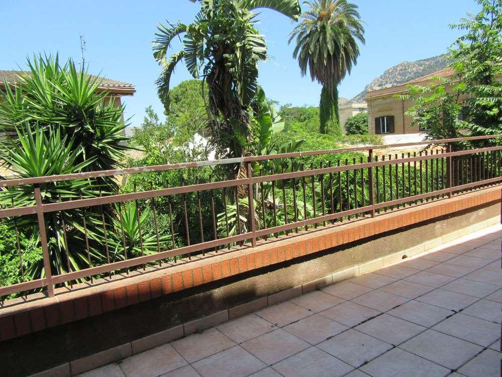 Villa in vendita a Palermo, 6 locali, zona Zona: San Lorenzo, prezzo € 600.000   Cambio Casa.it