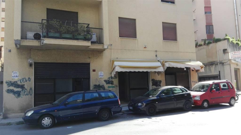 Attività / Licenza in affitto a Palermo, 2 locali, zona Località: L. DA VINCI ALTA-UDITORE-MOTEL, prezzo € 1.200 | Cambio Casa.it