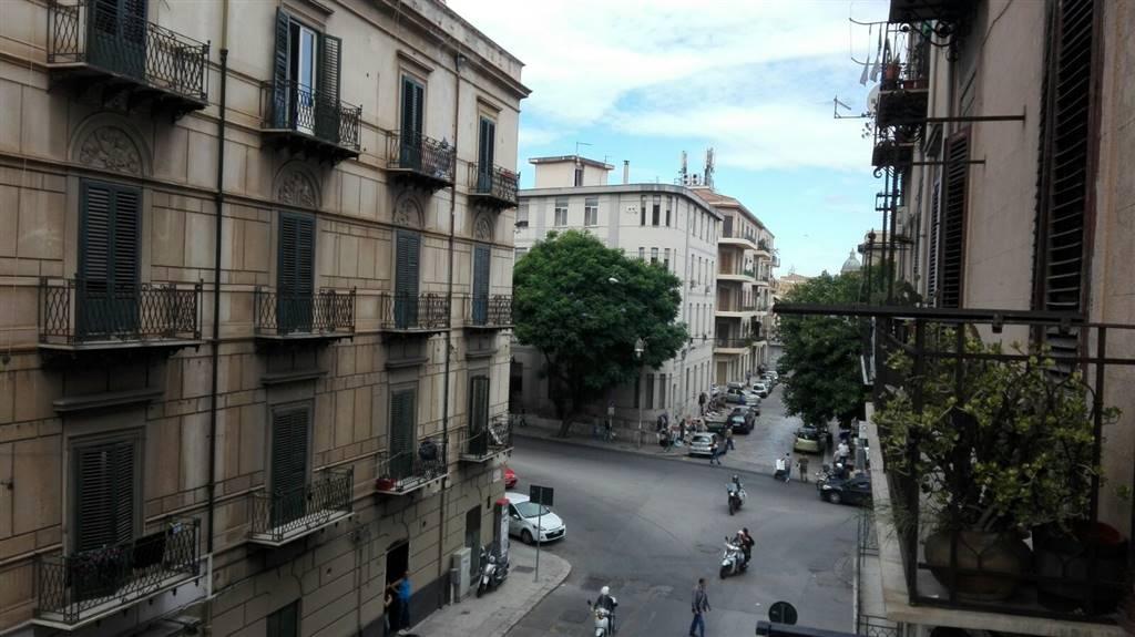 Appartamento in affitto a Palermo, 3 locali, zona Località: UNIVERSITA' - OSPEDALI, prezzo € 400 | Cambio Casa.it