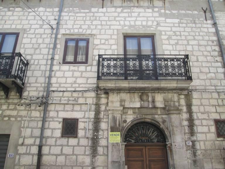 Appartamento in vendita a Petralia Soprana, 13 locali, Trattative riservate | Cambio Casa.it
