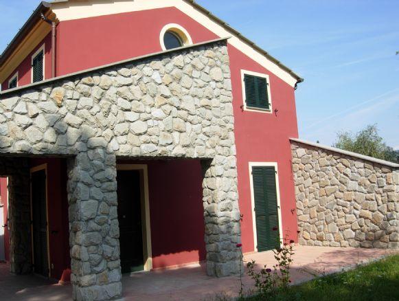 Vendita casa semi indipendente sarzana trova case semi for Case in vendita sarzana