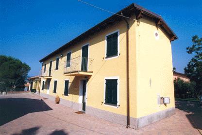 Appartamento in affitto a Santo Stefano di Magra, 5 locali, zona Zona: Ponzano Magra, prezzo € 1.500 | Cambio Casa.it