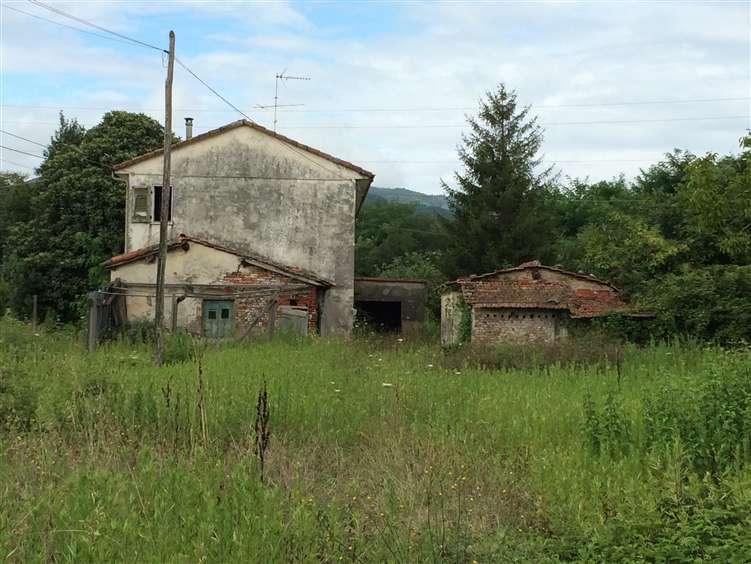 Rustico / Casale in vendita a Sarzana, 14 locali, Trattative riservate   Cambio Casa.it