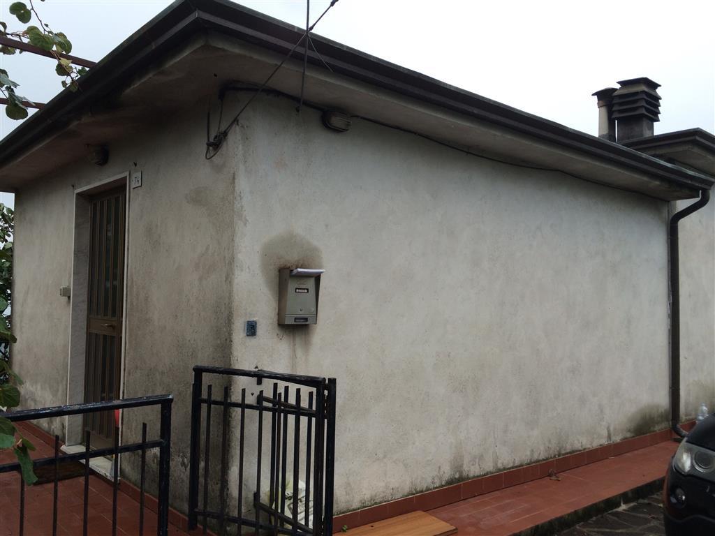 Soluzione Indipendente in vendita a Santo Stefano di Magra, 5 locali, zona Zona: Ponzano Superiore, prezzo € 200.000 | Cambio Casa.it