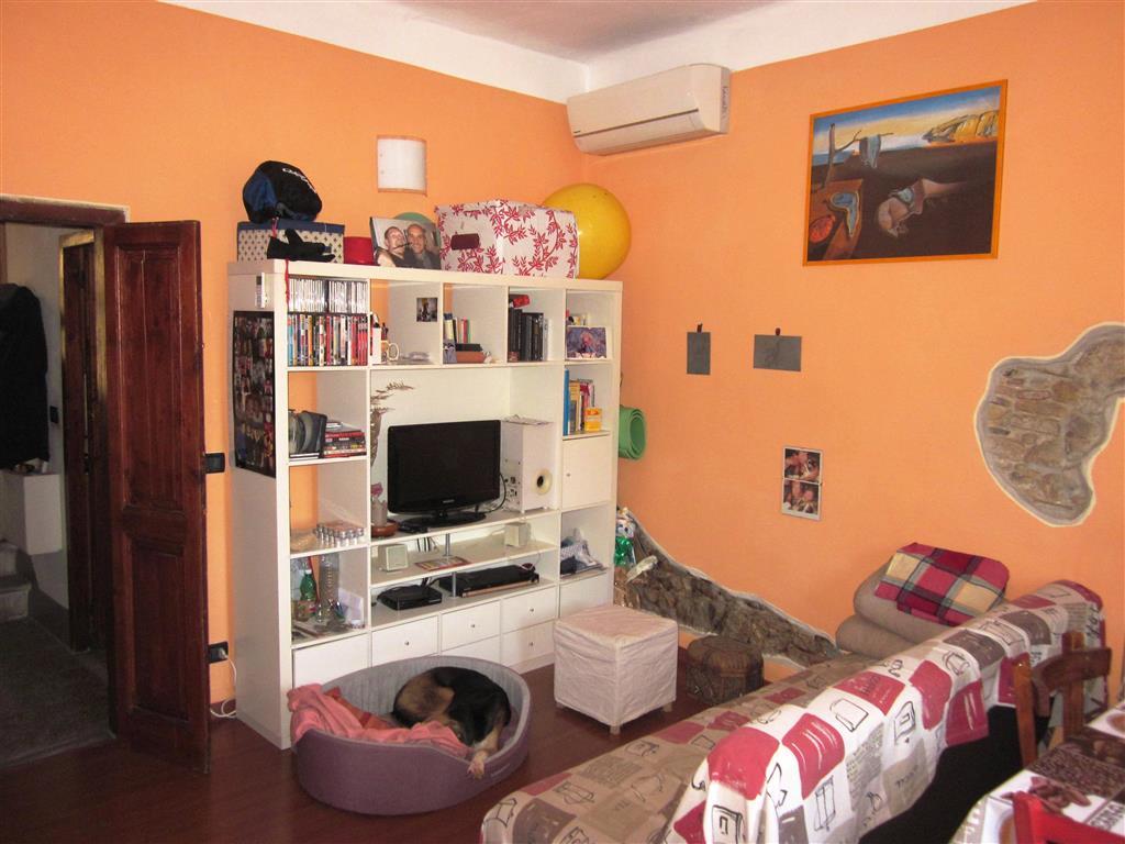 Soluzione Indipendente in vendita a Arcola, 4 locali, prezzo € 70.000 | Cambio Casa.it