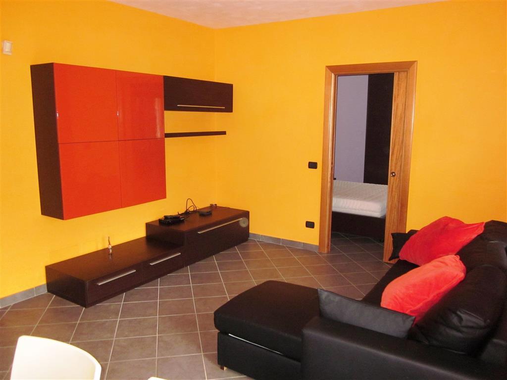 Appartamento in vendita a Santo Stefano di Magra, 3 locali, prezzo € 135.000 | Cambio Casa.it