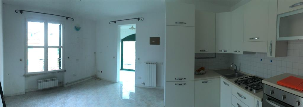 Appartamento in vendita a Fosdinovo, 3 locali, zona Zona: Caniparola, prezzo € 125.000 | CambioCasa.it