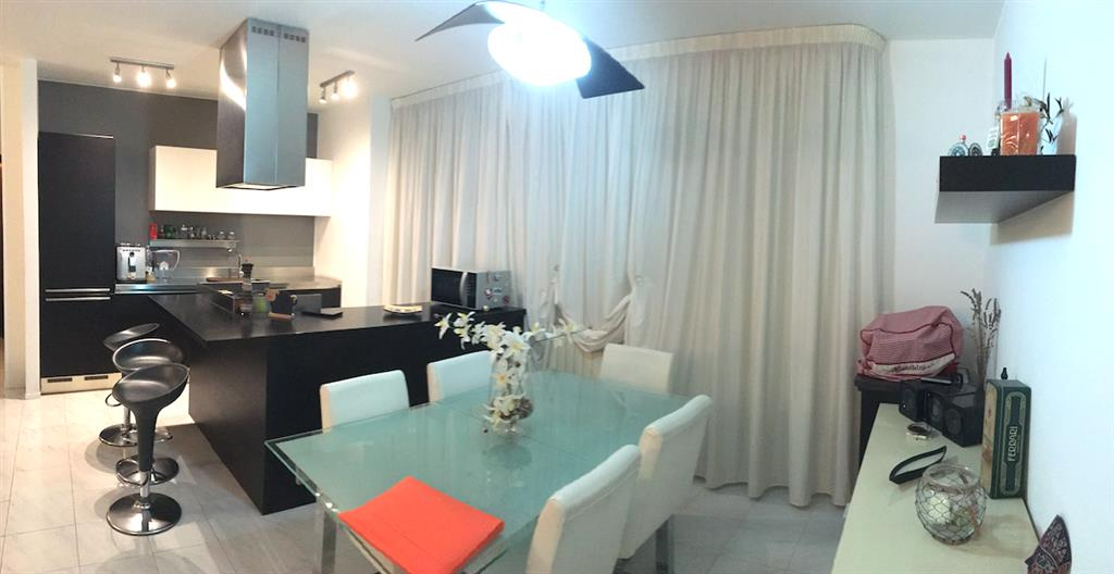 Appartamento in vendita a Santo Stefano di Magra, 5 locali, zona Zona: Ponzano Belaso, prezzo € 165.000 | Cambio Casa.it
