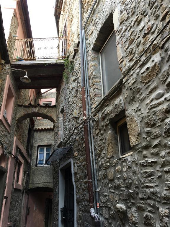 Soluzione Indipendente in vendita a Arcola, 5 locali, prezzo € 70.000 | Cambio Casa.it