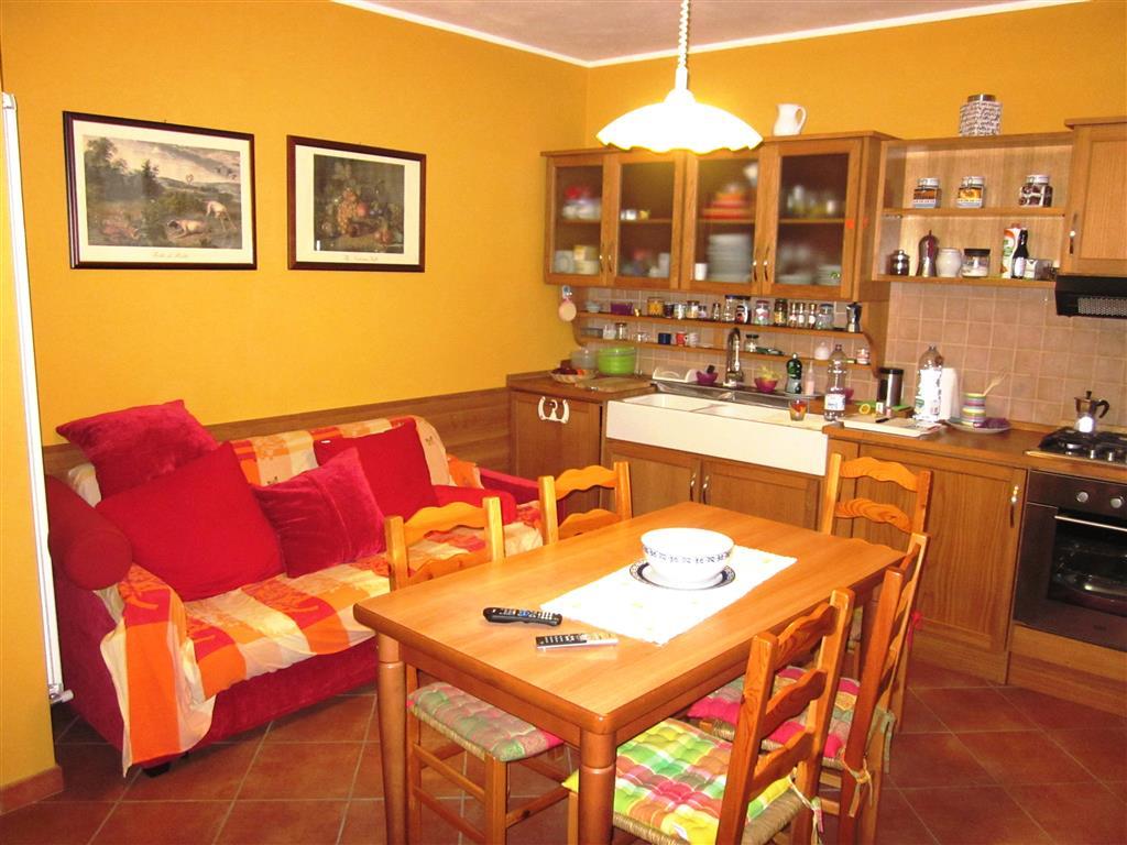 Soluzione Indipendente in vendita a Sarzana, 4 locali, zona Zona: San Lazzaro, prezzo € 220.000 | Cambio Casa.it