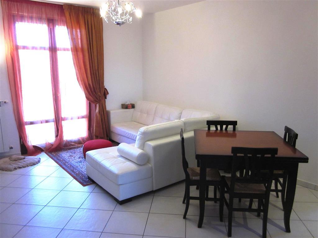 Soluzione Indipendente in vendita a Castelnuovo Magra, 7 locali, zona Zona: Molicciara, prezzo € 220.000 | Cambio Casa.it