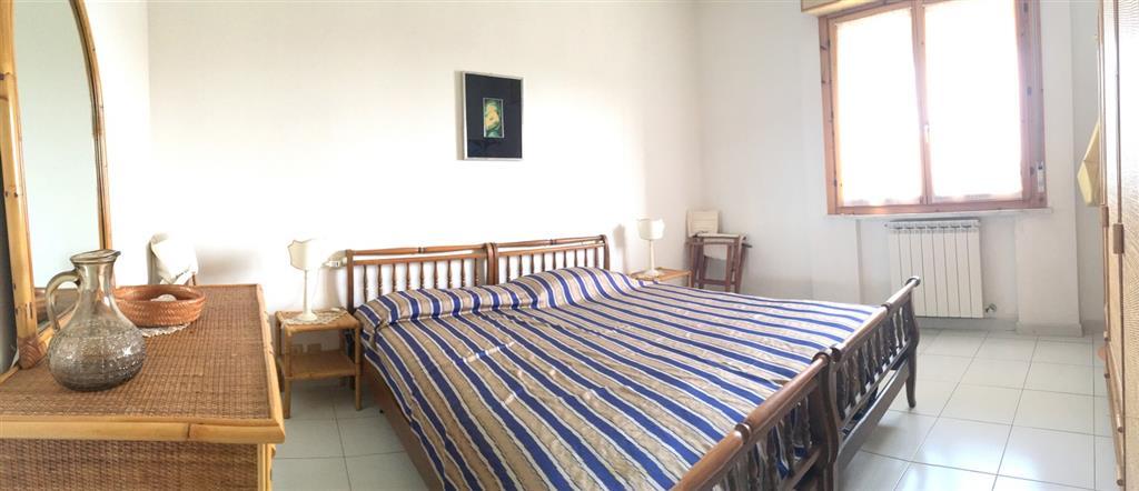 Appartamento in vendita a Ortonovo, 3 locali, zona Zona: Luni Mare, prezzo € 97.000   Cambio Casa.it