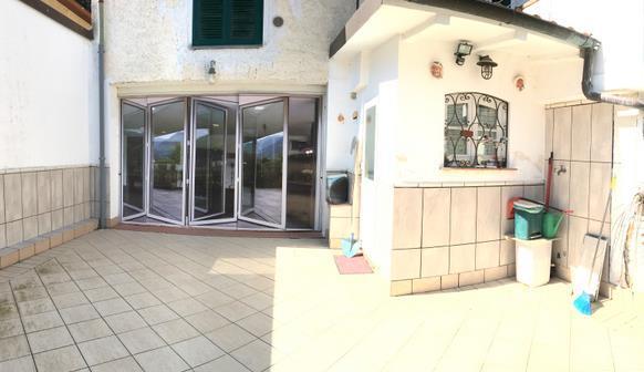 Soluzione Indipendente in vendita a Ameglia, 3 locali, zona Zona: Bocca di Magra, prezzo € 150.000 | Cambio Casa.it