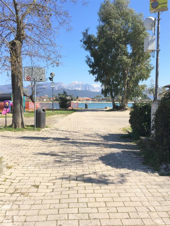 Soluzione Semindipendente in affitto a Ameglia, 4 locali, zona Zona: Bocca di Magra, prezzo € 3.000 | CambioCasa.it