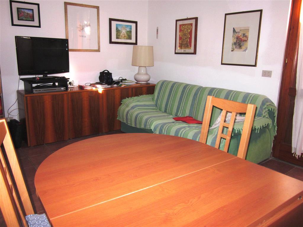 Soluzione Indipendente in vendita a Ortonovo, 3 locali, zona Zona: Luni Mare, prezzo € 140.000 | Cambio Casa.it