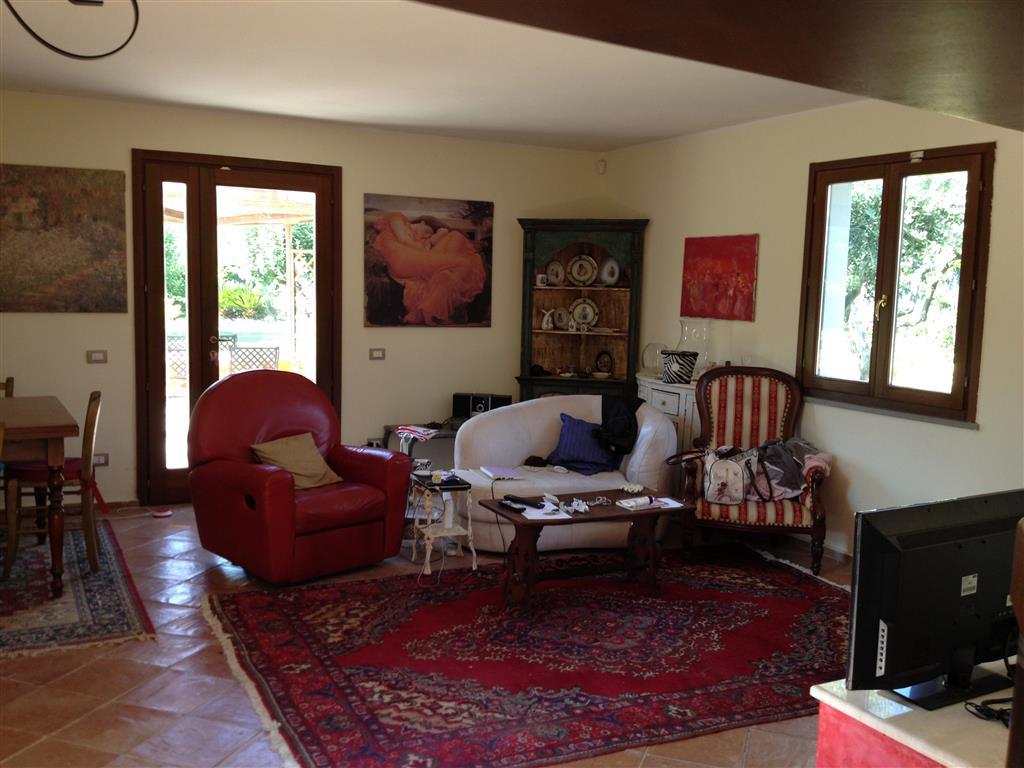 Villa in affitto a Ameglia, 6 locali, prezzo € 750 | Cambio Casa.it