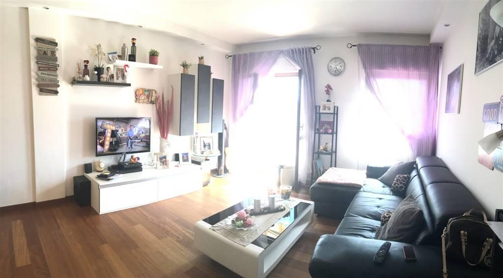 Appartamento in vendita a Santo Stefano di Magra, 5 locali, zona Zona: Ponzano Magra, prezzo € 200.000 | CambioCasa.it