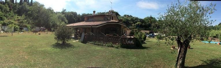 Villa in vendita a Sarzana, 16 locali, zona Località: SARZANELLO, prezzo € 380.000 | Cambio Casa.it