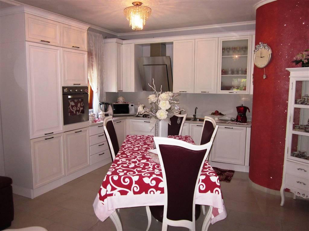 Villa in vendita a Arcola, 19 locali, Trattative riservate | Cambio Casa.it