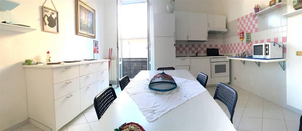 Soluzione Semindipendente in affitto a Vezzano Ligure, 6 locali, zona Zona: Prati, prezzo € 1.200 | Cambio Casa.it