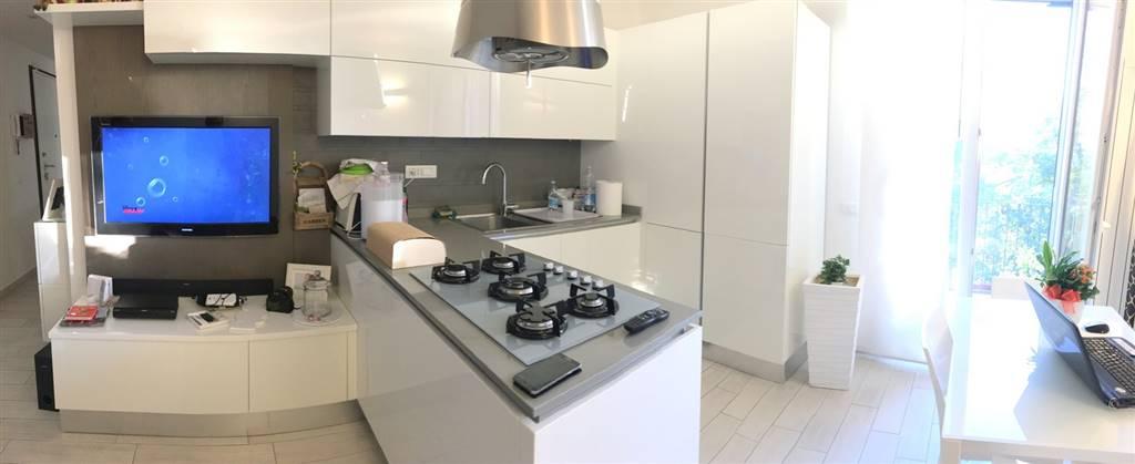 Appartamento in vendita a Santo Stefano di Magra, 4 locali, zona Zona: Ponzano Magra, prezzo € 170.000 | Cambio Casa.it