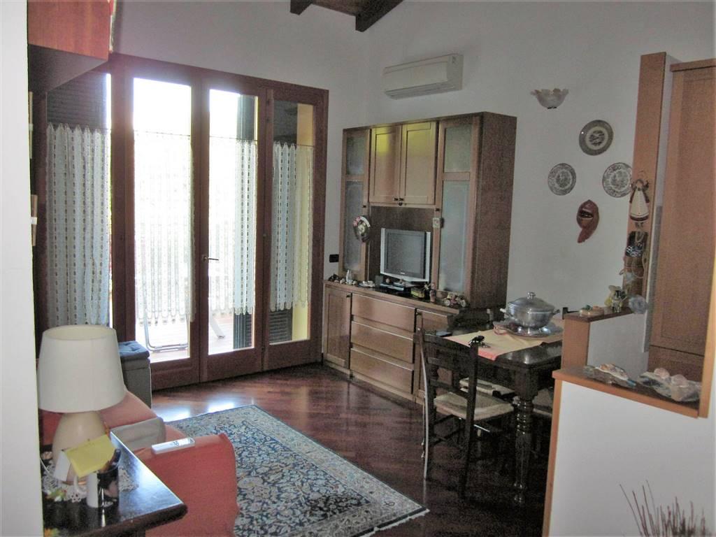 Soluzione Indipendente in vendita a Lerici, 3 locali, zona Zona: Pugliola, prezzo € 190.000 | Cambio Casa.it