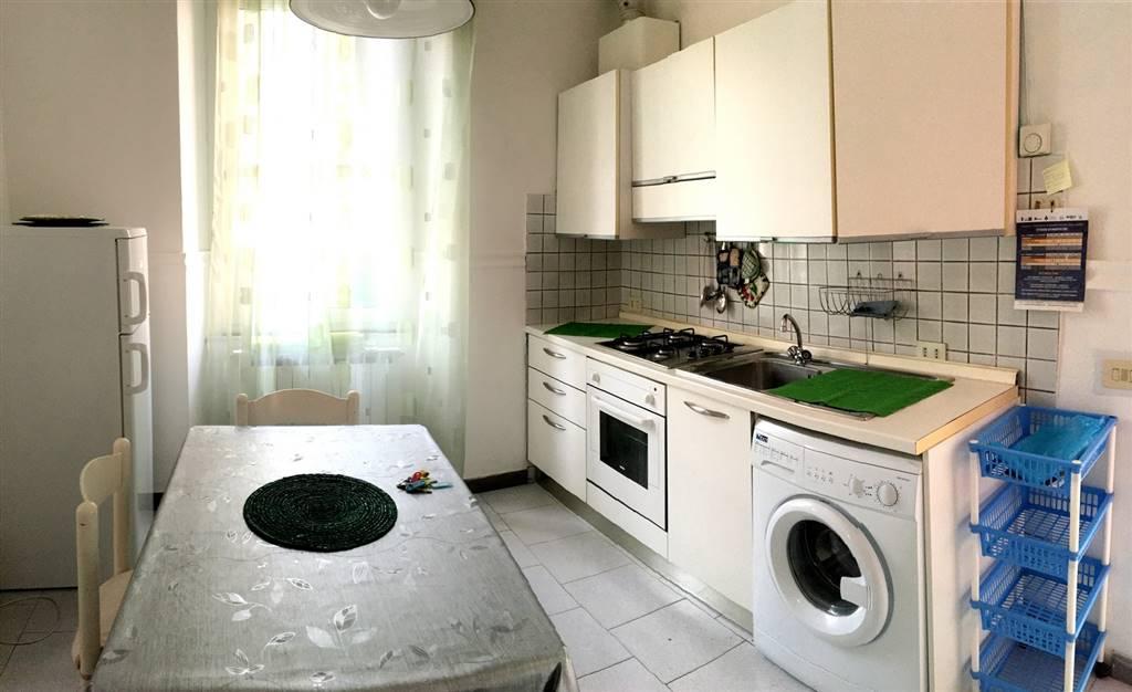 Soluzione Indipendente in affitto a Ameglia, 4 locali, zona Zona: Fiumaretta, prezzo € 700 | CambioCasa.it