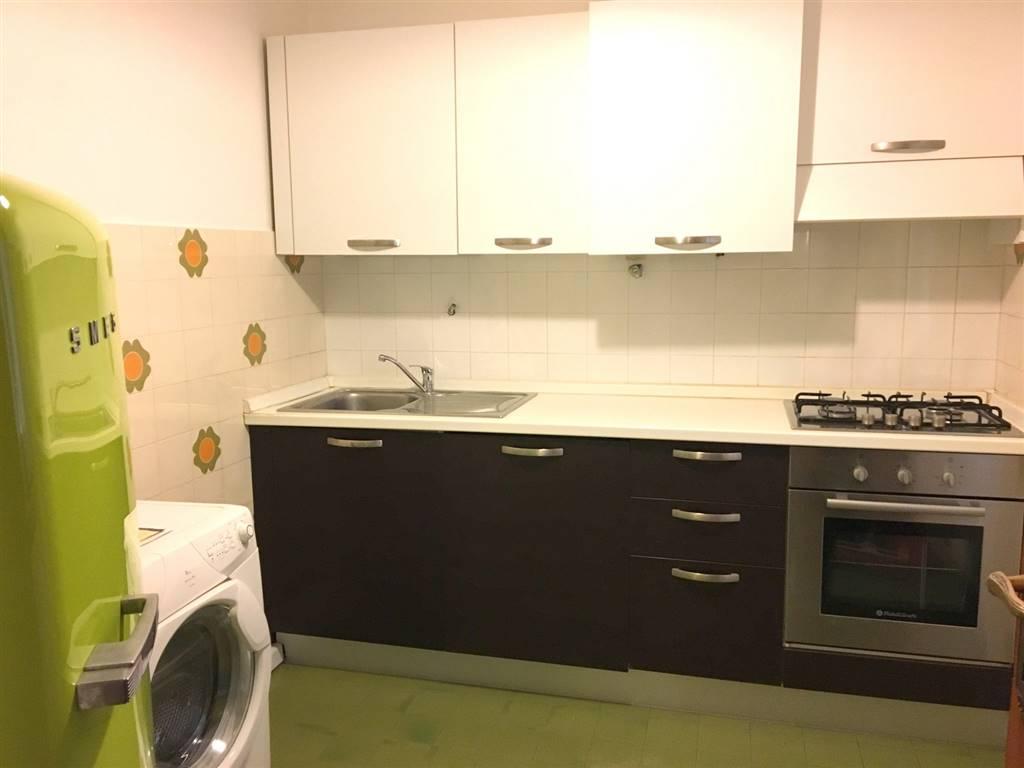 Appartamento in affitto a Lerici, 4 locali, zona Località: CENTRO, prezzo € 550 | CambioCasa.it