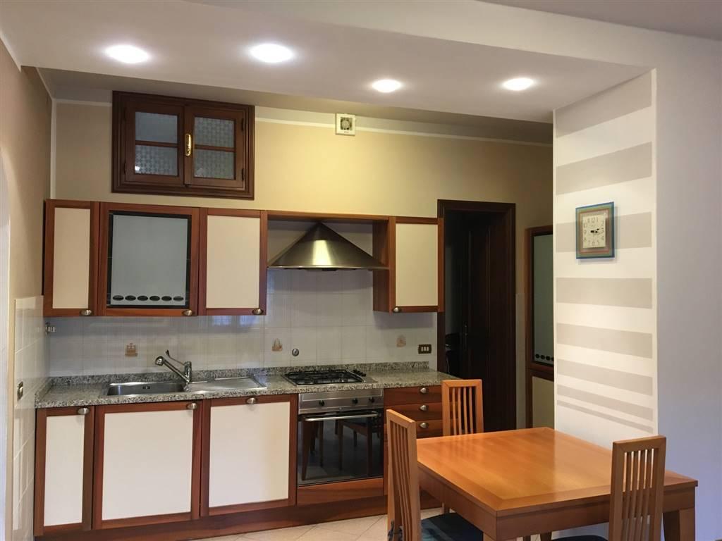 Soluzione Indipendente in affitto a Castelnuovo Magra, 6 locali, zona Zona: Palvotrisia, prezzo € 550 | Cambio Casa.it