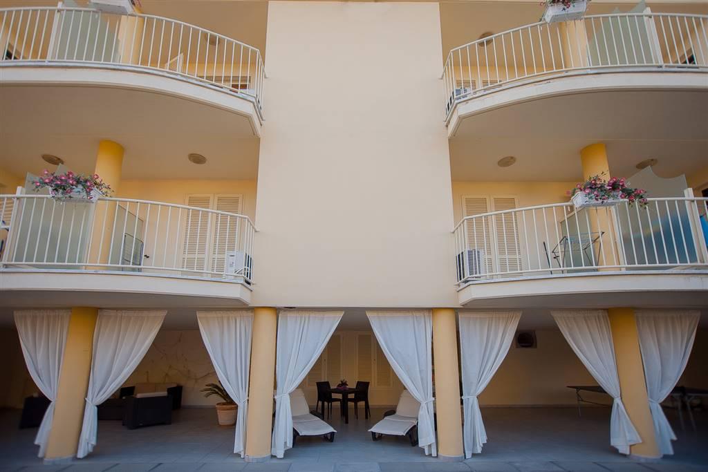 Appartamento in affitto a Ameglia, 3 locali, zona Zona: Fiumaretta, prezzo € 1.800 | CambioCasa.it