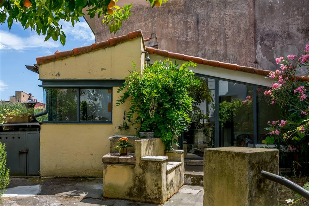 Soluzione Indipendente in affitto a Lerici, 5 locali, zona Zona: Pugliola, prezzo € 2.500 | CambioCasa.it