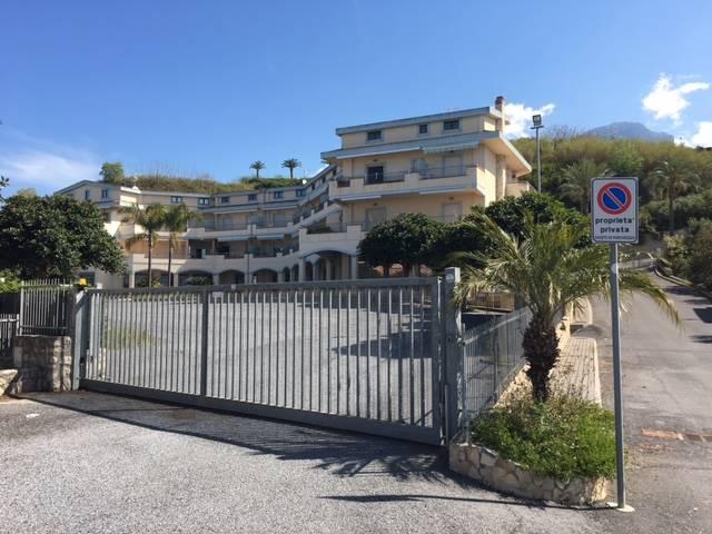 Appartamento in vendita a Belvedere Marittimo, 2 locali, zona Zona: Marina, Trattative riservate | Cambio Casa.it