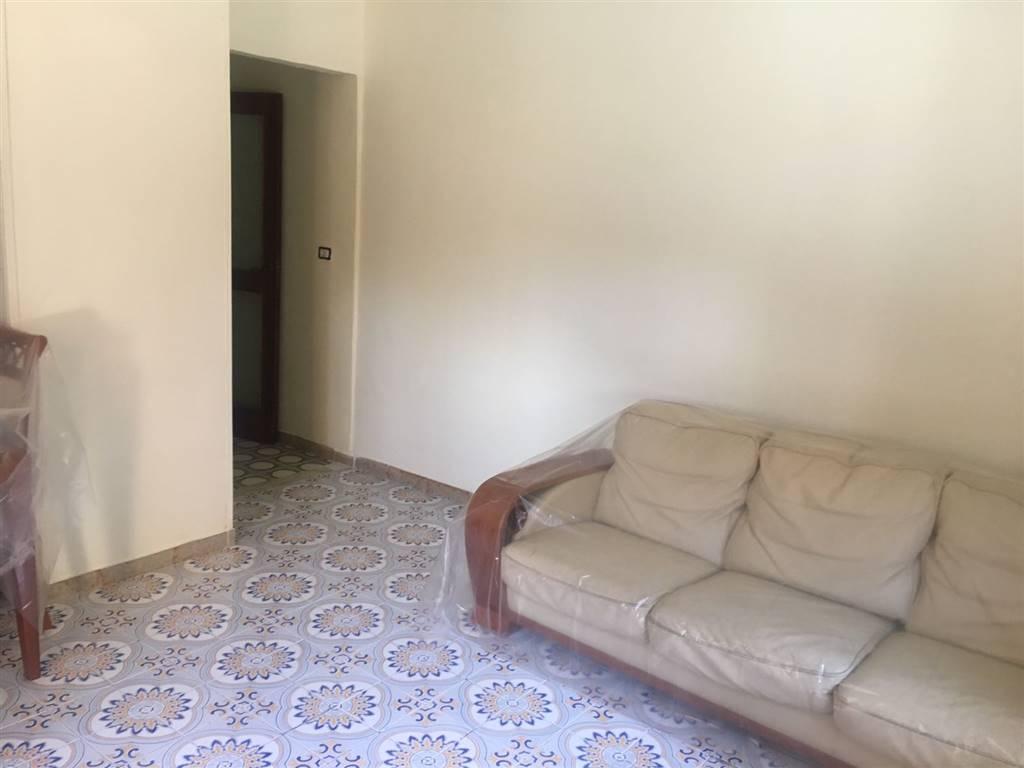 Appartamento in affitto a San Giorgio a Cremano, 2 locali, zona Località: ALTA, prezzo € 350 | CambioCasa.it