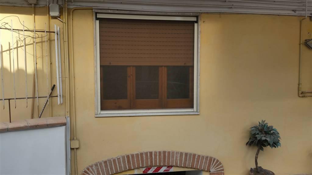Appartamento in affitto a San Giorgio a Cremano, 3 locali, zona Località: ALTA, prezzo € 500 | CambioCasa.it