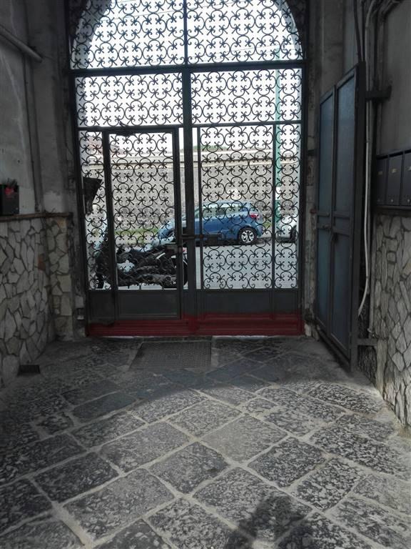 Attività commerciale Bilocale in Vendita a Portici