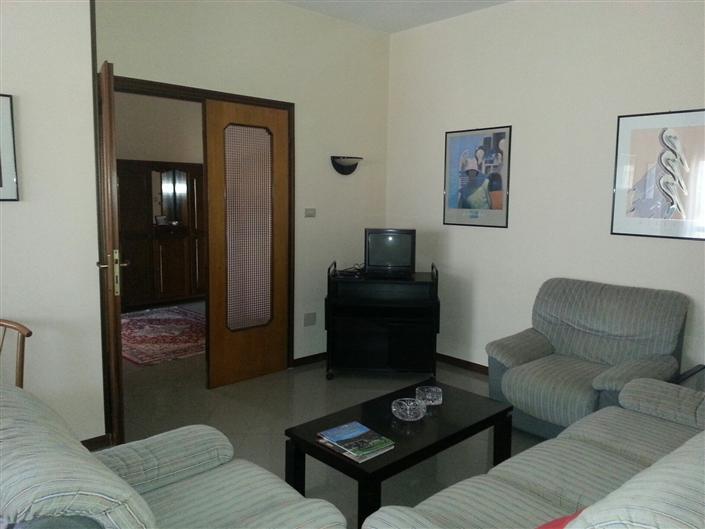Appartamento in vendita a Argenta, 6 locali, zona Località: CENTRO, prezzo € 150.000   Cambio Casa.it
