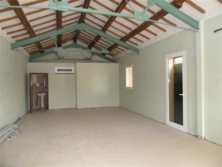 Immobile Commerciale in affitto a Conselice, 1 locali, zona Zona: Lavezzola, prezzo € 500 | Cambio Casa.it